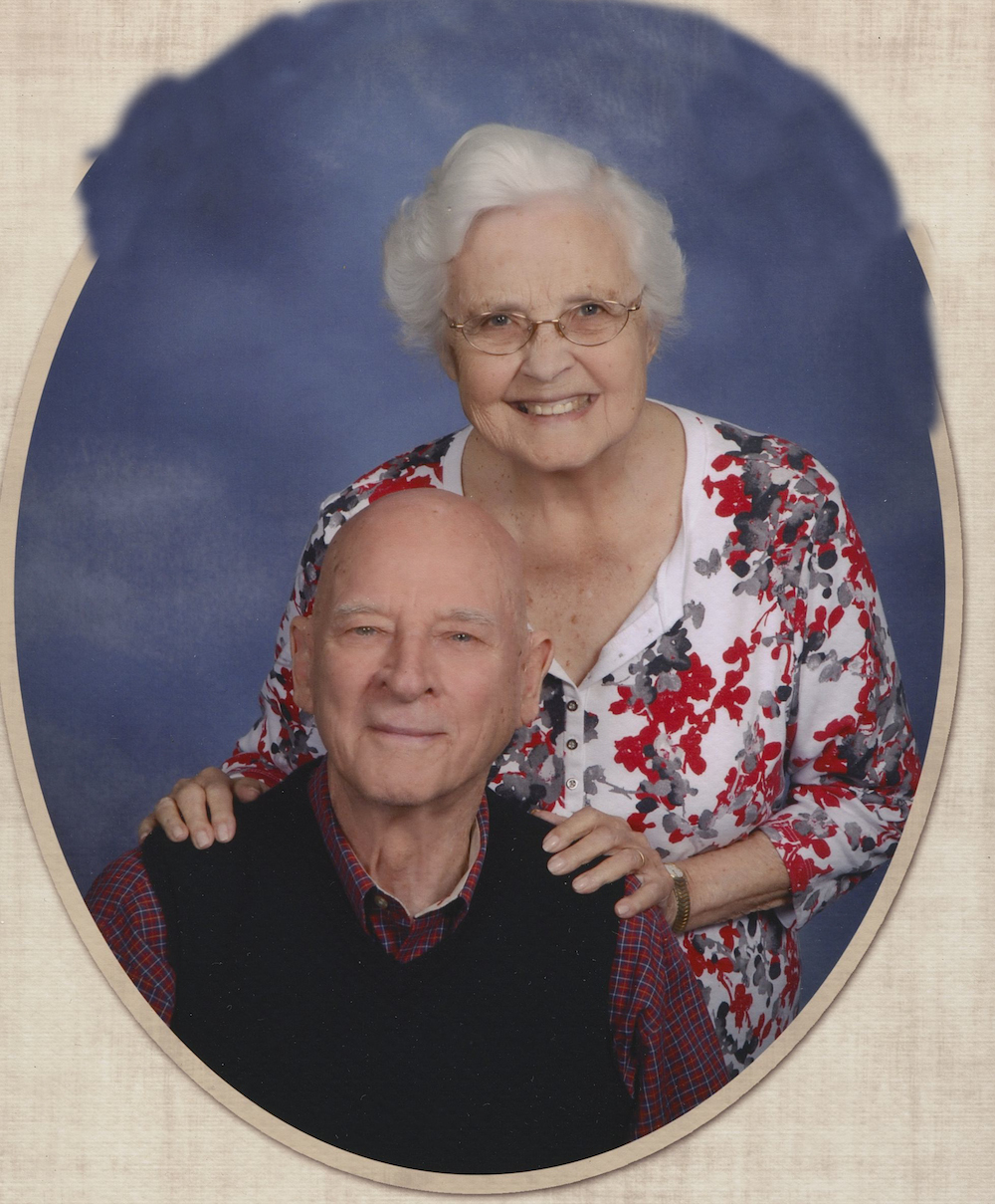 Photo of Frank De Haan '50 and wife Dolly