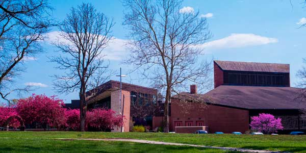Photo of the College View church in spring.